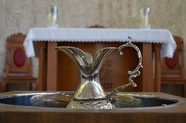 baptism-577953_640
