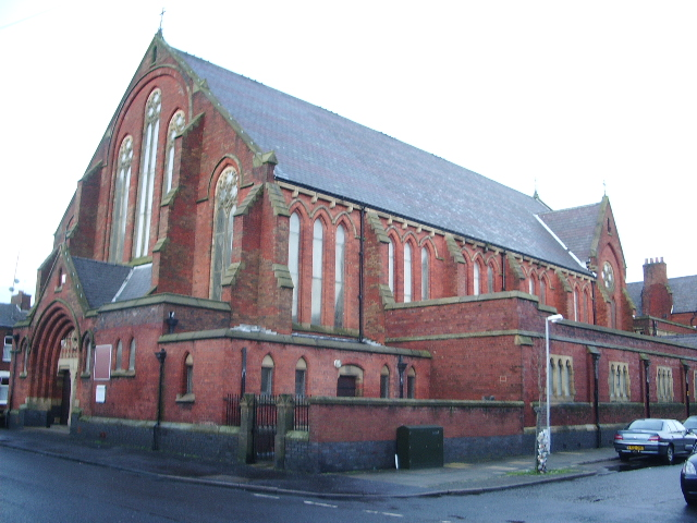 st_josephs_roman_catholic_church_preston_-_geograph-org-uk_-_661348