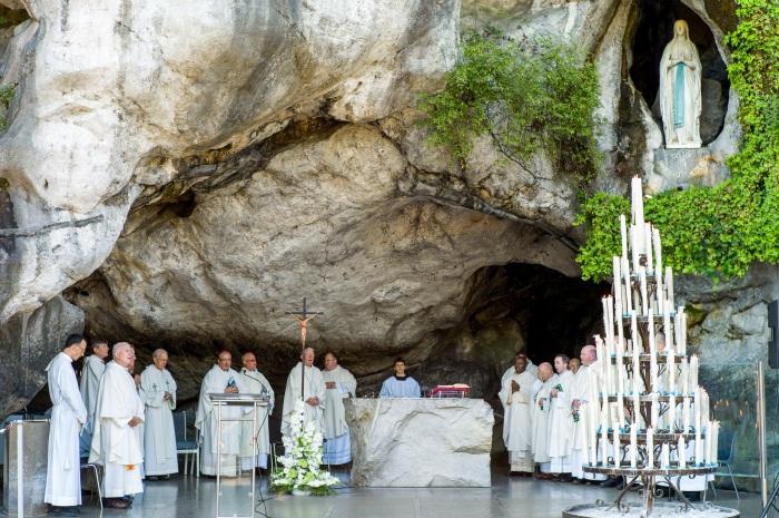 christians pilgrimages to lourdes essay